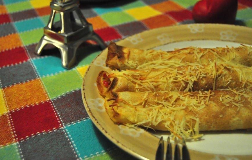 Crepes de jamón y calabaza en el plato