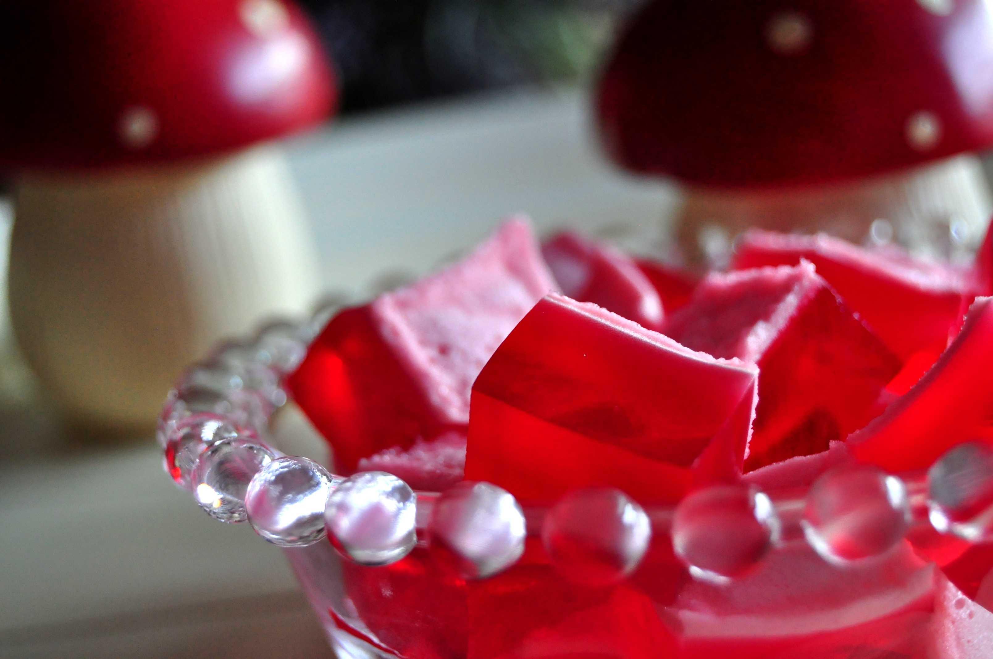 Gominolas caseras en un cuenco de cristal