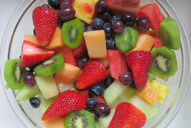 Ensalada de frutas, emblema de la dieta sana