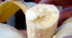 Plátano, fruta fácil de pelar