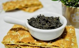 Tapenade de aceitunas negras y alcaparras