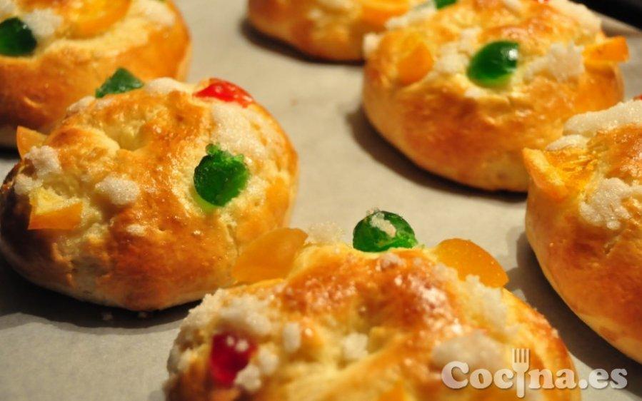 Roscón de Reyes recién sacado del horno