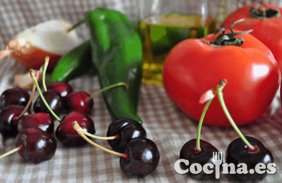 Ingredientes del gazpacho de cerezas