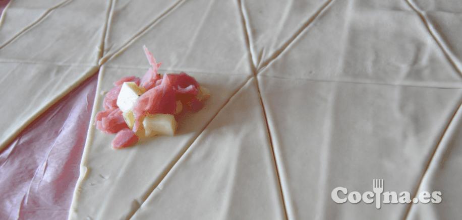 Como cortar la masa de los croissants