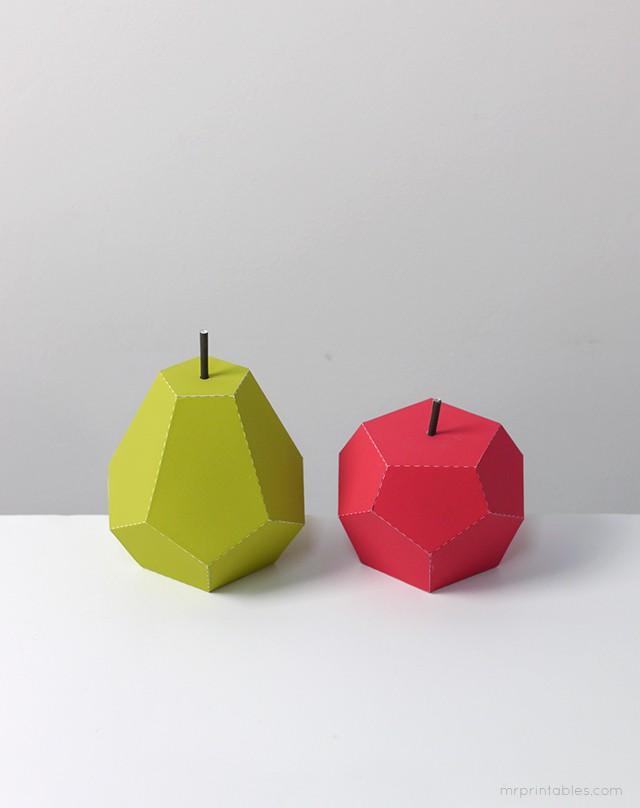 Manzana y pera de papel