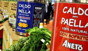 Ollas para degustación de caldos Aneto en Alimentaria 2014.