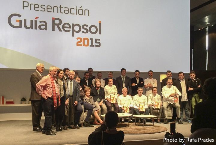 Foto de familia con los nuevos 3 Soles Repsol 2015