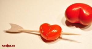 Corazon con tomatito cherry - San Valentín