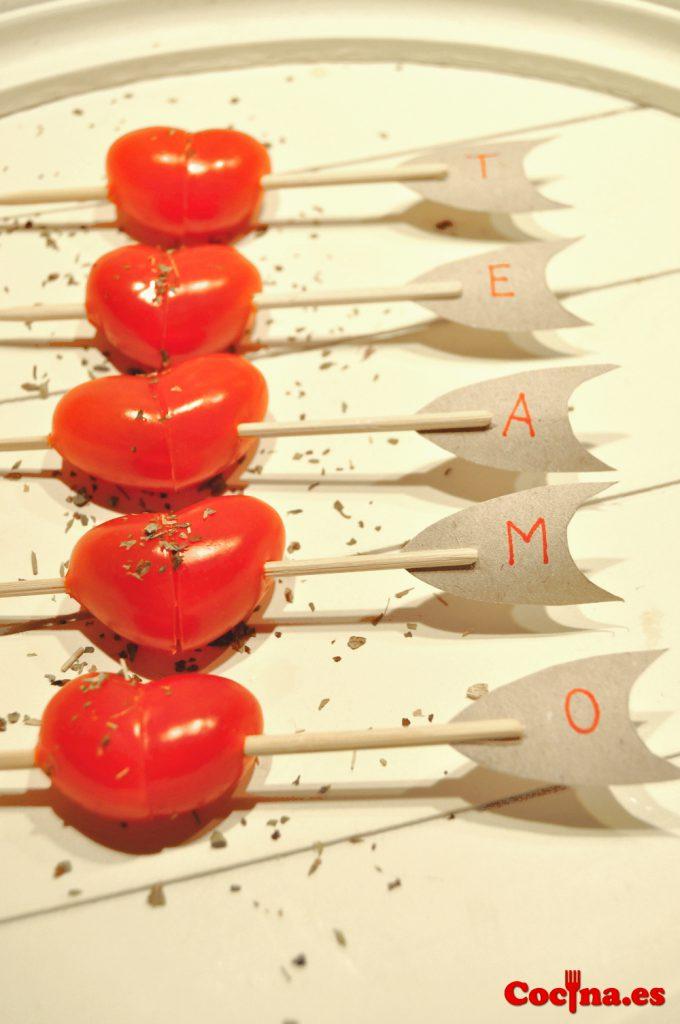 Corzzones de tomate cherry para San Valentín