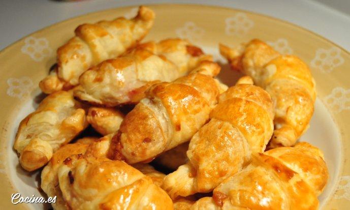 Croissants rellenos para llevar a la piscina