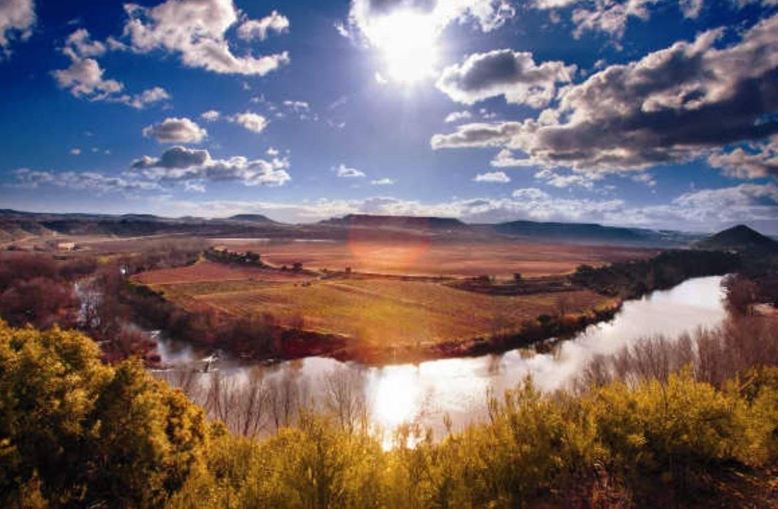 Meandro del río Ebro a su paso por La Rioja