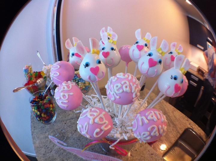 baby shower cake pops conejos