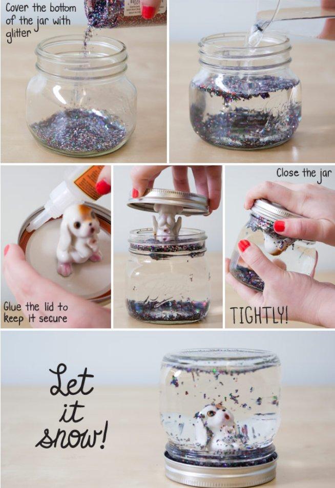 Bolas de nieve con frascos de vidrio reciclados