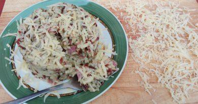 arroz con bacon, acelgas y queso