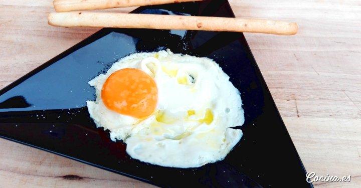 Como hacer un huevo frito al microondas