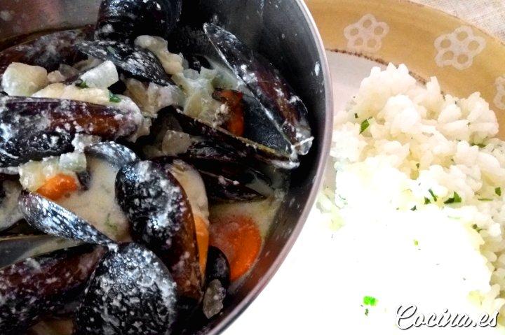 Mejillones en salsa belga