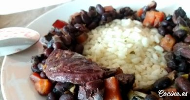 Judías pintas con arroz en olla express