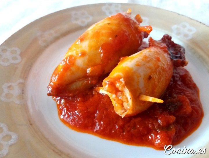 Receta chipirores rellenos de gambas en salsa de tomate - Chipirones rellenos en salsa de tomate ...