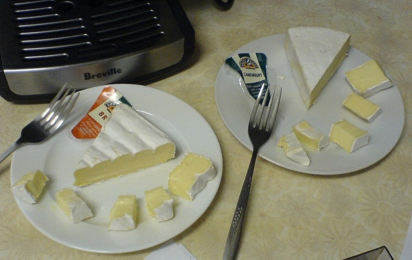 diferencia queso brie queso camembert
