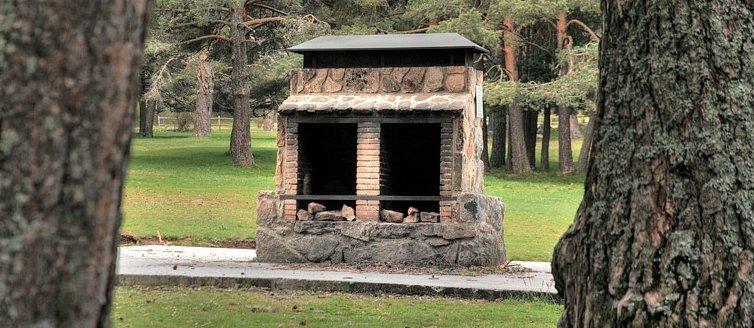 Lugares para hacer barbacoa en Madrid - La Nava de Peguerinos