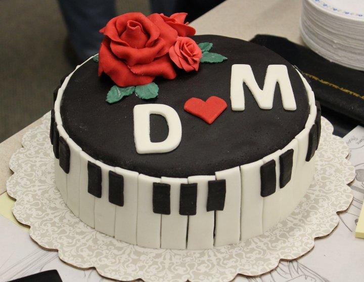 Tarta de Cumpleaños Piano