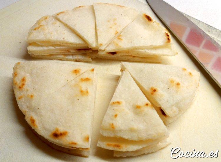 Cómo hacer nachos caseros con tortillas de maíz