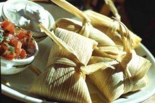 Receta de Tamales de Maíz y Queso