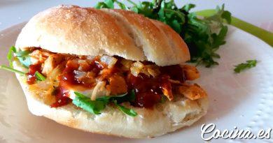Receta: Bocadillo de Pollo Desmenuzado Delicioso